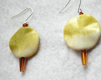 Wavy Round Yellow Turquoise Drop Earring with Bronze Glass detail