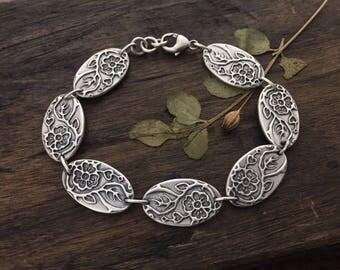 heart bracelet | botanical jewelry | folk bracelet | link bracelet  | flower bracelet | hearts and flowers | Where Love Grows Link Bracelet