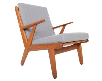 Danish Mid Century Modern Poul Volther J53 Oak Lounge Chair