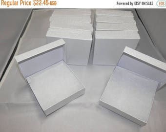 On Sale 50 White Swirl Presentation Boxes Cotton Filled Jewelry  Gift Boxes Display Box 3.5x3.5