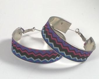 Vintage Large Hoop Earrings Silver Woven Fabric Zigzag Pierced Costume Jewelry - 1980s
