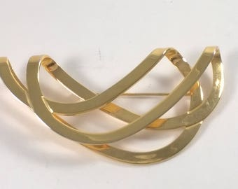 Gold Twist Brooch - Vintage 1980s  Oversized Runway Jewellery Pin