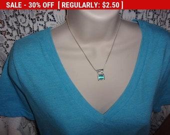 Vintage NY blue pendant necklace