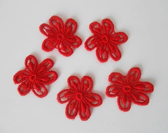 5 flowers in red lace 2.7 cm
