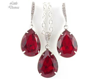 Red Jewelry Set Bridesmaid Gift Earrings and Necklace Set Swarovski Jewelry Dark Red Earrings Deep Red Earrings Holiday Jewelry SI31JS