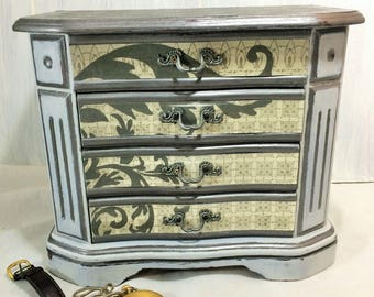 Gray Men's Jewelry Box, French Damask Geometric Jewelry Organizer, Hand Painted Gray Jewelry Storage, Dresser Jewelry Box, Wood Jewelry Box