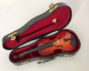 CELLO MUSIC BOX miniature  music box plays My Heart will go on  from Titanic violin musical toy musical instrument