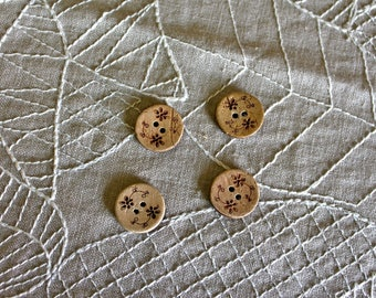 4 floral wooden buttons