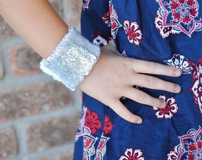Sequin Mermaid Bracelet, Sensory Tool, Silver and Effervescent double sided sequins,School Spirit Accessory, Calming bracelet, Kids bracelet