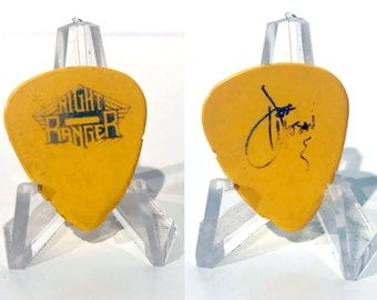 Night Ranger Jeff Watson Authentic 1990s Tour Concert Band Signature Guitar Pick
