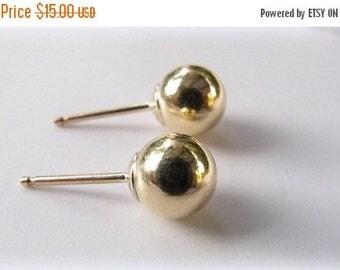 SALE - Ball studs - Ball post earrings - Ball stud earrings - Gold studs - Round studs - Gold post earrings - Stud earrings - Gold earrings