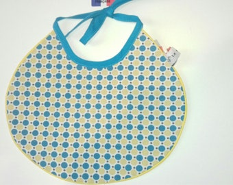 Bib with lace, cotton geometric pattern reversible cotton beige and blue polka dots size 0/6 months