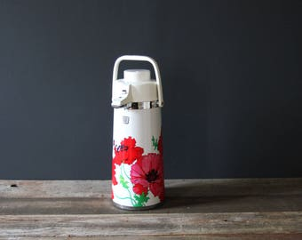 Red Poppy Vintage Vacuum Picnic Thermos for Serving