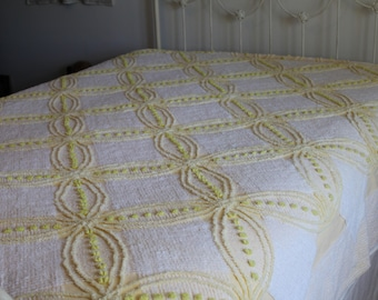 Yellow & White Chenille Bedspread, Flower Design, Vintage