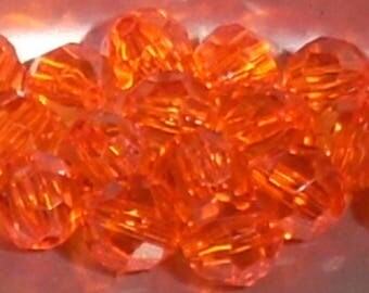 20 round beads red faceted acrylic transparent 8mm