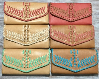 Renda  Leather  wallet / woman wallet  / leather purse /. Available in different leather colors.