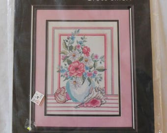 1987 Golden Bee counted cross stitch kit SHELLS and FLORAL VASE