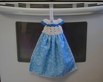 Snowflake Towel - Dress Kitchen Towels - Hanging Towel - Winter Towel -  Crochet Towel Topper -  Hanging Kitchen Towels - Housewarming Gift