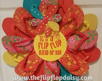 "Beautiful ""It's a Flip Flop Kind of Day"" Flip Flop Wreath Wall Door Decor Beach Ocean Unique Gift Summer Fun Florida Patio"