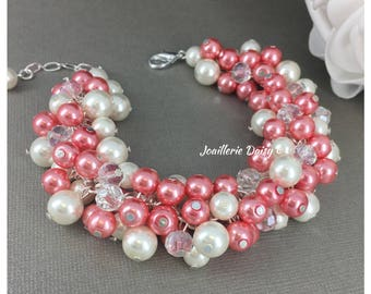 Coral Cluster Bracelet Coral Bracelet Coral Jewelry Bridesmaids Bracelet Coral Ivory Bracelet Jewelry Gift on a Budget Maid of Honor Gift