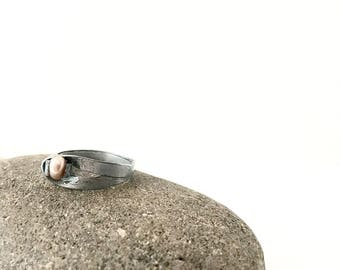 Small Ribbon Ring