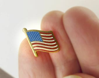 Small Flag Pin Enamel Red White Blue Brass Jewelry, Gold Tone Metal American Flag Lapel Pin Small Brooch, United States of America Tie Tack