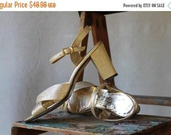 Or métallisé sandale robe sandale chaussure sexy soldes été 1960 70, robe talons de