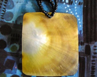 large mother-of-pearl pendant, mother of pearl, white yellow, shell