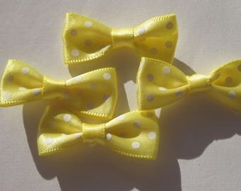 set of 4 bows in satin fabric in pea 34 mm approx - (A200