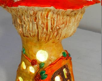 Maison de fée modelée main avec éclairage, inspirée par Creative Mom