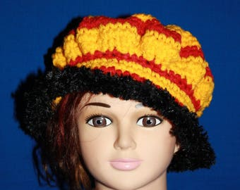 Hat in red yellow rim and black original