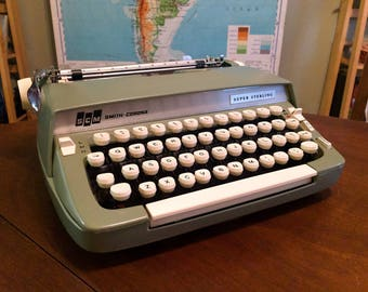 Vintage Mint Green 1960s Smith Corona Super Sterling Typewriter - Very Nice Working Condition
