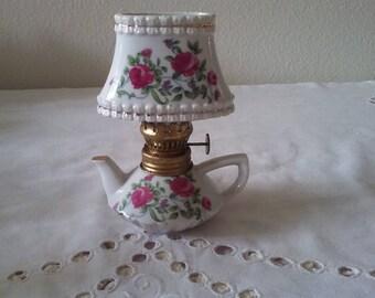 Teapot oil lamp