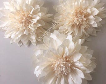 GIANT PAPER FLOWERS / Wedding Flowers /tissue paper pom pom flowers / wedding decorations, birthday decor, bridal shower, backdrop