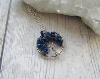 Small Lapis Lazuli Tree Of Life Pendant - Gemstone Necklace - Silver Plated Blue Chips