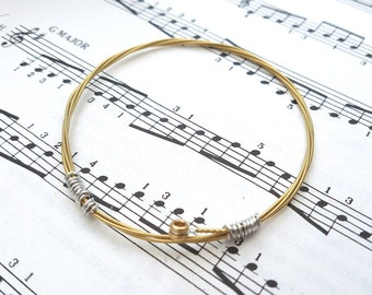 Guitar string bracelet bangle, Size XS, guitarist, guitar player, acoustic gold brass, cool music rock jewellery (65mm diameter)