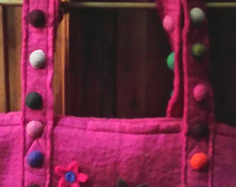 Awesome Wool /Felt Hot Pink Bag 21x17 With Decorations  Made In Nepal ZIpper Closure Can Fit Everything And Still Room For The Kitchen Sink