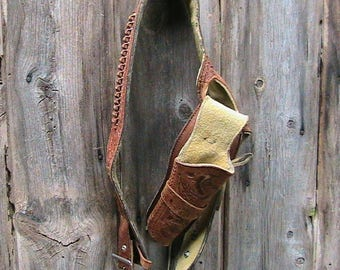 Gun Holster, Hand Tooled Leather Gun Holster with Belt for a 22 Caliber Revolver, Leather Vintage Gun Holster, Tooled Motif
