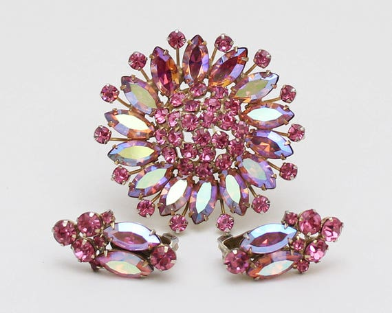 Pink Rhinestone Brooch and Earrings - Vintage 1960s Aurora Borealis Demi Parure