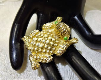 Vintage  Gold Tone Green and White Enamel Frog Brooch