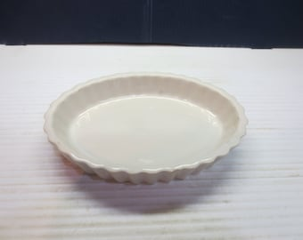 Hall China 853 Off White  Fluted Souffle / Creme Brulee Oval Dish