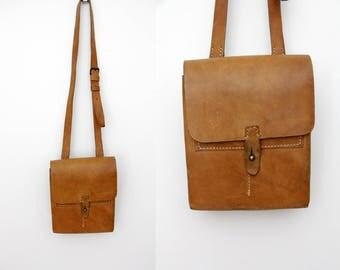 Vintage Bag // Men's 70's brown leather satchel bag // messenger bag // crossbody bag