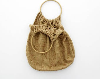 Vintage 1970s Tote // 70s Rustic Canvas Handbag with Wooden Handle // Market Bag