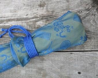 SALE: Silk Flute Bag, Padded & lined with a Vapor Barrier, Iridescent Lime/Sea Blue color- for 19-22 inch flute- 1.8 shakuhachi flute bag