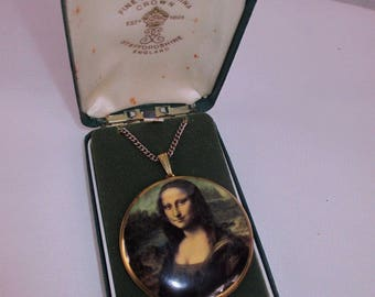 Vintage Crown Staffordshire Bone china, Mona Lisa, pendant & chain boxed