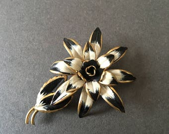 VINTAGE BROOCH Art Deco Enamel Painted Black and White  Floral