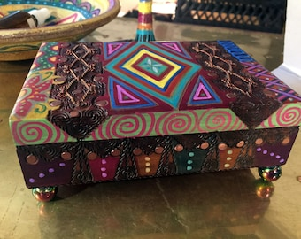 """Hand Painted Bohemian Wood Decorative Box  With Copper Wire 6.75""""W2.5""""Hx5""""D    B0112"""