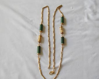 Vintage Sarah Coventry Faux Jade Necklace