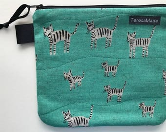 Small Green Tiger Zip Pouch