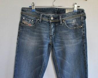 Vintage DIESEL WOMEN'S JEANS with advance patina size W-28...........(053)